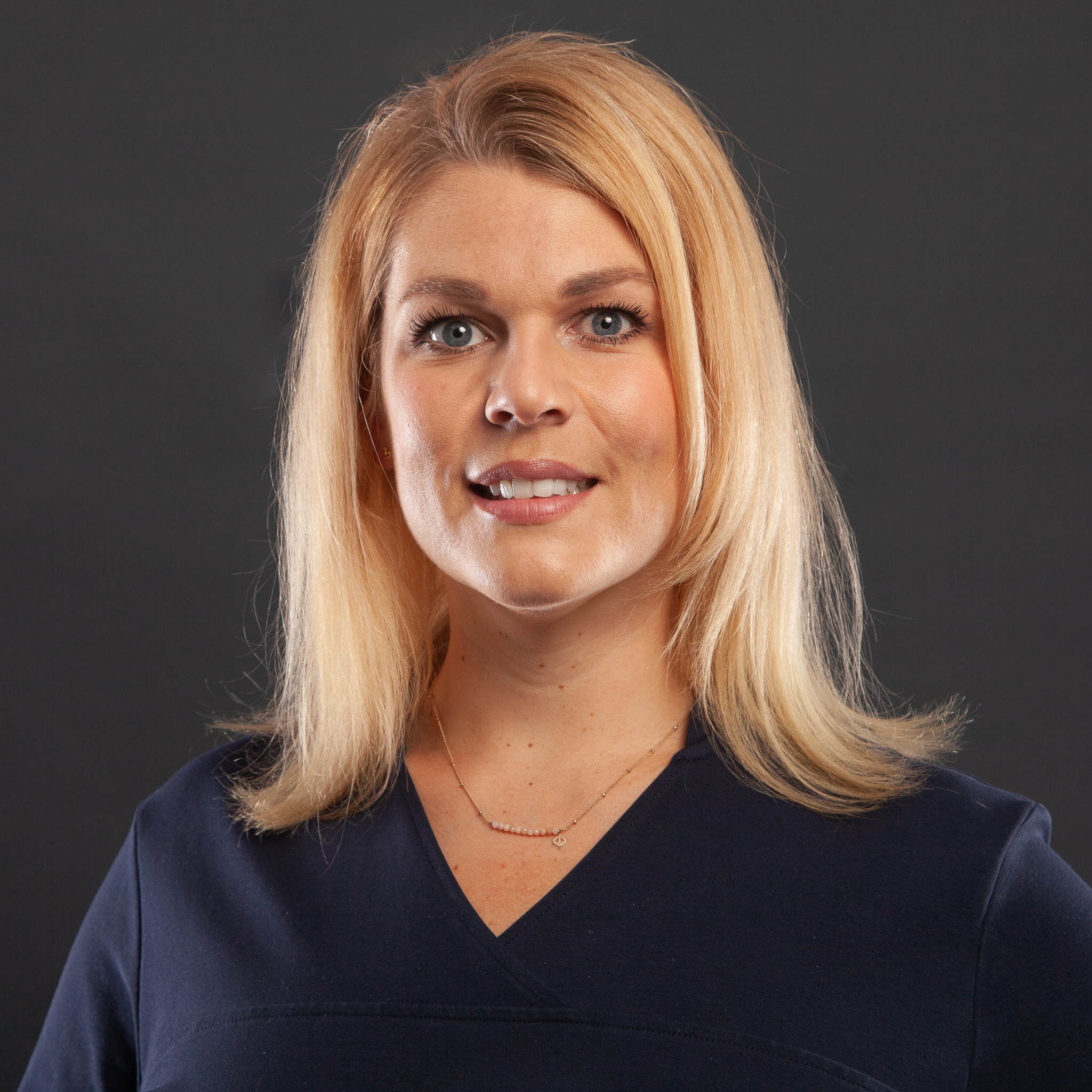 Dr. Anne Karg