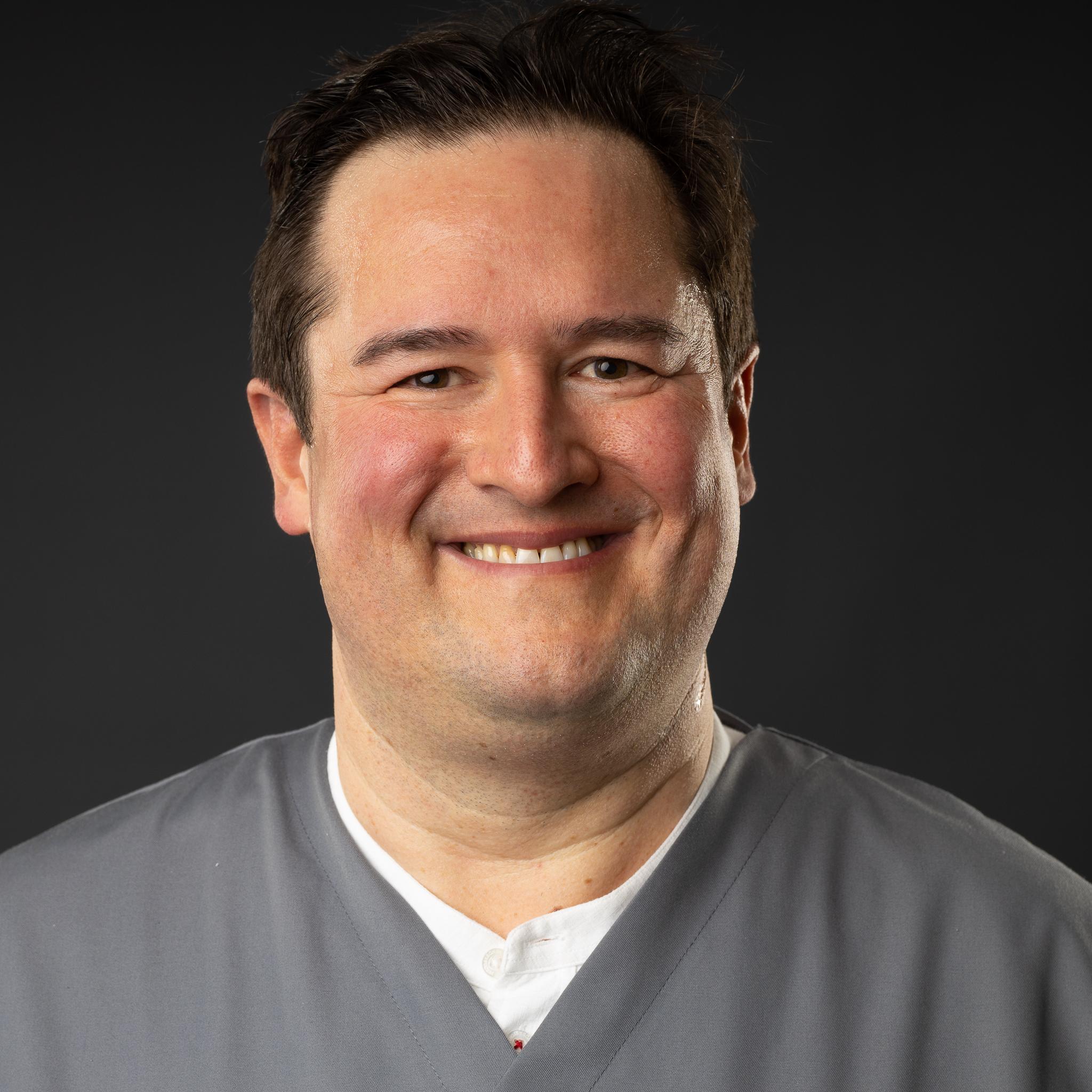 Dr. Thomas Regnet